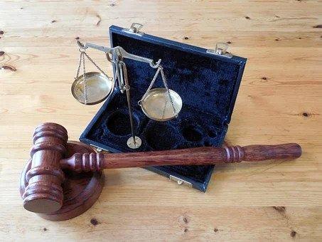 Sakeliga nooi ondernemings om belemmering deur wetstoepassers aan te meld