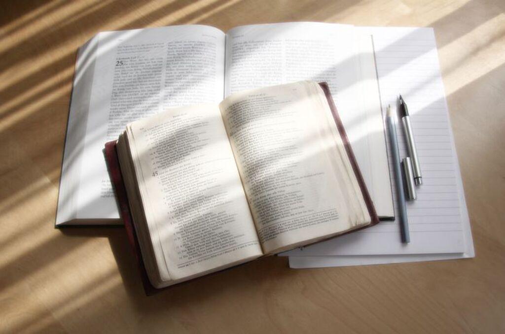 Boekresensie: Verklarende Studiebybel (1933/1953-vertaling)